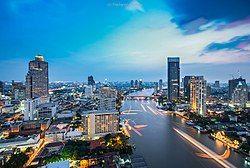 Chao Phraya River from CAT building (8134954465).jpg