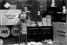 File:Winsor McCay, the Famous Cartoonist of the N.Y. Herald and His Moving Comics - Little Nemo (1911).webm