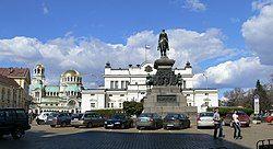 位于索非亚中部的保加利亚议会广场