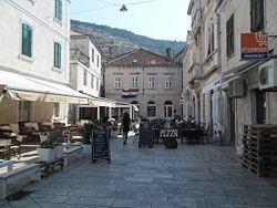 Vis town center