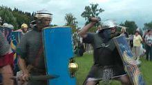 File:Villa-borg-2011-legionaere.ogv