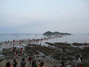 Jindo Miracle Sea Road Festival 100.JPG