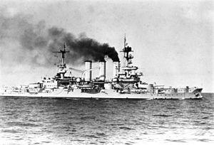 """Bundesarchiv DVM 10 Bild-23-63-56, Linienschiff """"Hessen"""".jpg"""