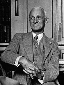 Harvey Williams Cushing 1938b.jpg