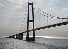 Storebælt-Brücke vom Schiff.jpg