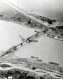 Repaired railroad bridge in North Vietnam in 1972.jpg