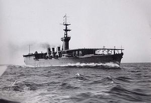 Japanese aircraft carrier Hōshō1922a.jpg