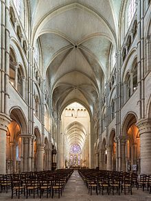 Early Gothic Laon Cathedral (1150s–1230)