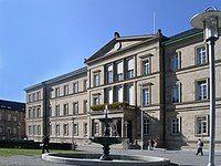Uni Tübingen Neue Aula Sommer.jpg