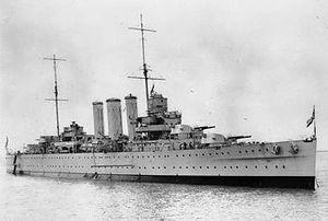 HMS Cornwall (56).jpg