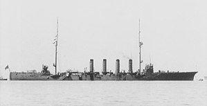 平户号防护巡洋舰