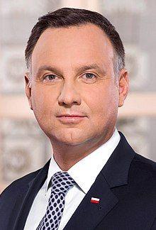 Prezydent Rzeczypospolitej Polskiej Andrzej Duda.jpg