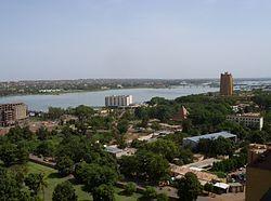尼日河畔的巴马科