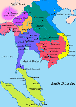 15世纪的东南亚: 蓝紫色: 阿瑜陀耶王国 墨绿色:澜沧王国 紫色:兰纳王国 橘色:素可泰王朝 红色:高棉帝国 黄色:占婆 蓝色:大越