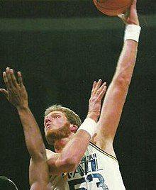 Mark Eaton 1988-89.jpg
