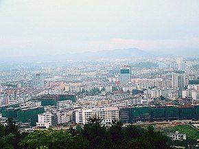 在袁山公园看宜春 - panoramio.jpg