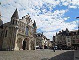 Poitiers, Notre Dame & Rue du Marche de Notre Dame.jpg