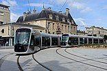 Tramway Caen 1008 et 1022.jpg