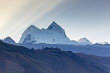 Beauty of mount Huandoy, Cordillera Blanca, Ancash, Peru.jpg