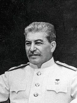 Stalin Potsdam 1945 (cropped).jpg