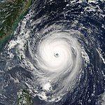 Typhoon Longwang 2005.jpg