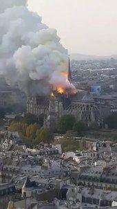 File:Catedral de Notre Dame - eita... que deus aben?oe.webm