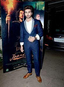Imran Abbas at 'Jaanisaar' screening.jpg