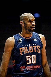 Quincy davis basketball.jpg