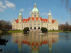 Neues Rathaus Hannover März 2010.jpg