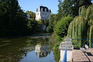 Châteauroux (36) - Château Raoul.jpg