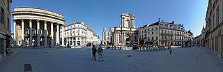 Dijon Place du Théâtre 03.jpg