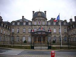 莫尔比昂省的省会大厦,位于瓦讷
