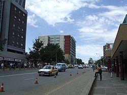 在市区的国王大道(Kingsway)