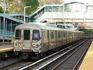 SIR 448 at Great Kills Station.jpg