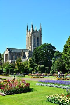 Bury St Edmunds (23548338341).jpg