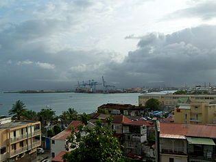Port de de Pointe-à-Pitre.JPG