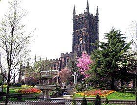 St Peter's Church, Wolverhampton.jpg