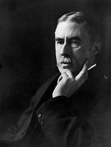 Photo portrait by E. O. Hoppé, 1910