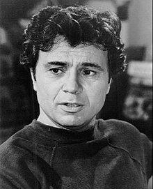 Robert Blake Baretta 1977.JPG