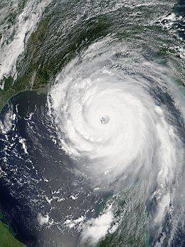 Katrina 2005-08-28 1700Z.jpg