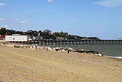 Felixstowe beach -Suffolk -England -14Aug2008.jpg
