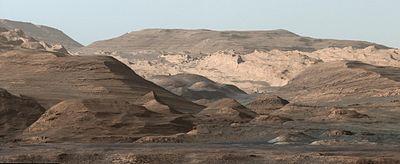 PIA19912-MarsCuriosityRover-MountSharp-20151002.jpg