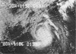 10月13日正在接近香港的超强台风爱尔茜