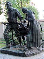 A statue commemorating Mormon handcart pioneers