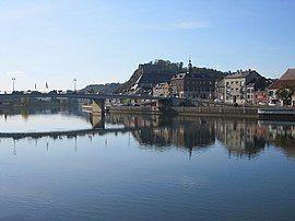 0 Givet - Meuse, pont des Américains, ville et fort Charlemont.JPG