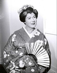 Renata Tebaldi Madame Butterfly Bell Telephone Hour.JPG