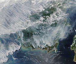 Satellite image of 2019 Southeast Asian haze in Borneo - 20190915.jpg