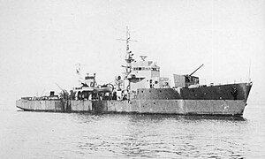Japanese escort ship No17 in 1944.jpg