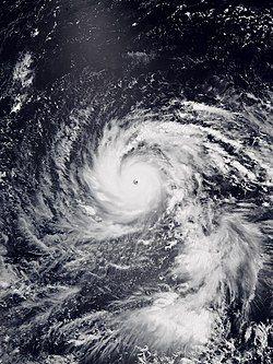 8月31日达至最高强度的飞燕,风眼浑圆清晰。