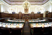 Saeimas sēžu zāle.jpg